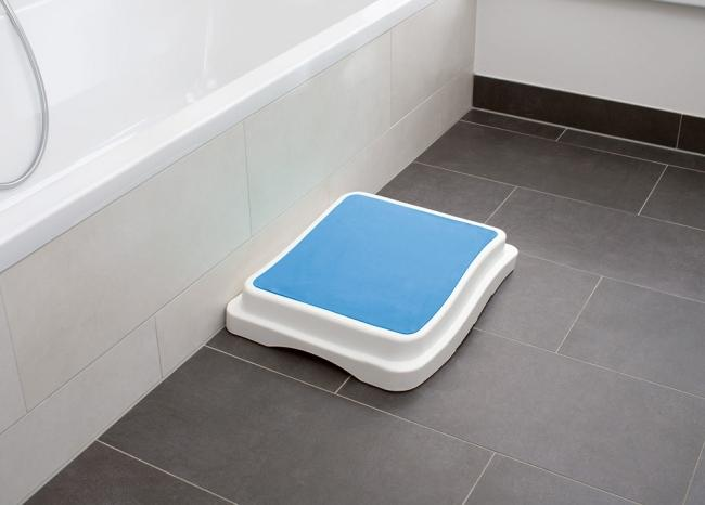 Einstiegshilfe Fr Badewannen Von Erlau : Badehilfen : Badestufe stapelbar, 3er-Set